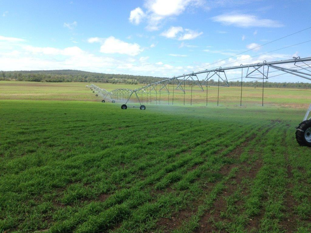 broadacre center pivot irrigation